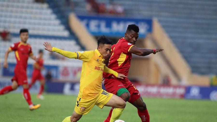 Nhường khán đài, miễn vé, SLNA chơi đẹp với CĐV Nam Định