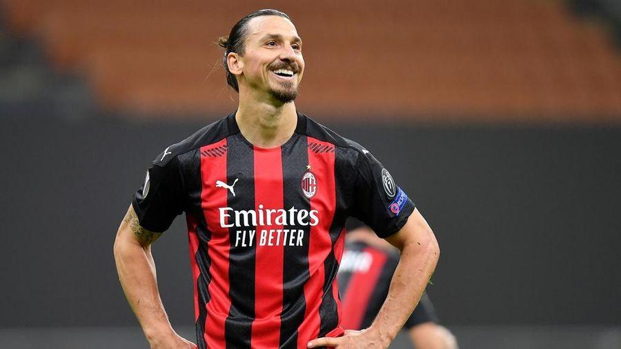 Ibrahimovic sút hỏng 11 m trong trận thắng 3-0 của AC Milan
