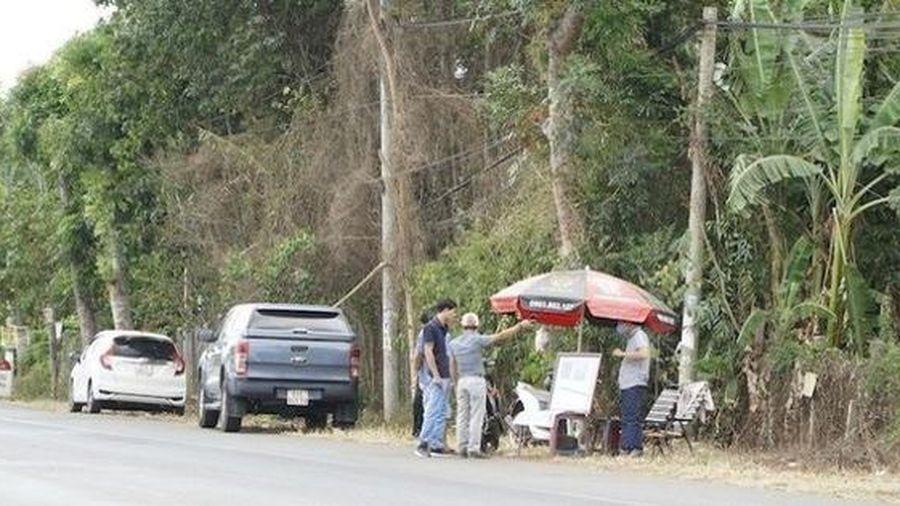 Chuyên gia BĐS: 'Chỗ nào xe hơi đậu nhiều, quán cà phê đông nghẹt, tiền trao tới trao lui là rất nguy hiểm'