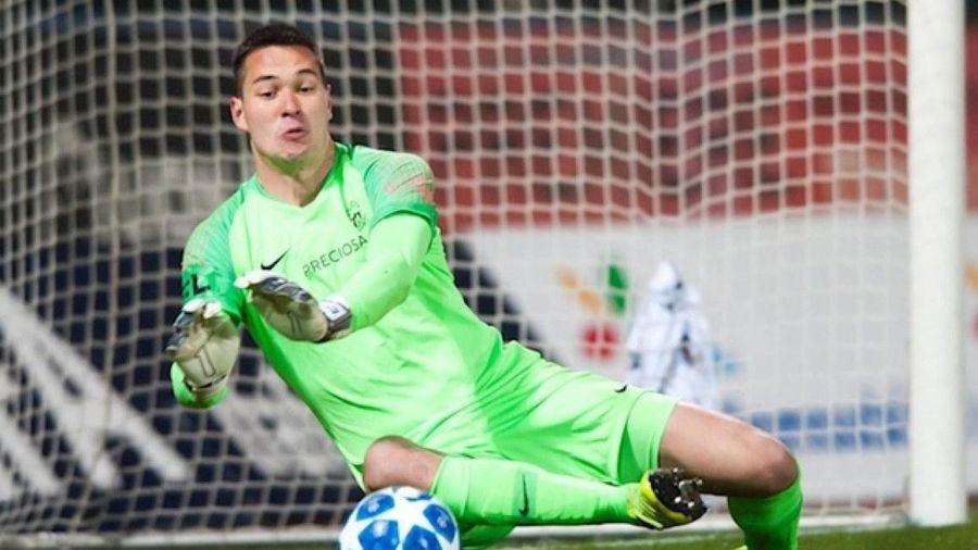 Filip Nguyễn tức giận khi nhận bàn thua