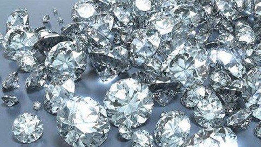 Australia tạo ra kim cương chỉ vài phút đồng hồ