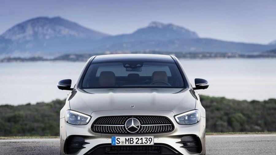 Mercedes-Benz E-Class 2021 được bình chọn là Xe hơi của năm