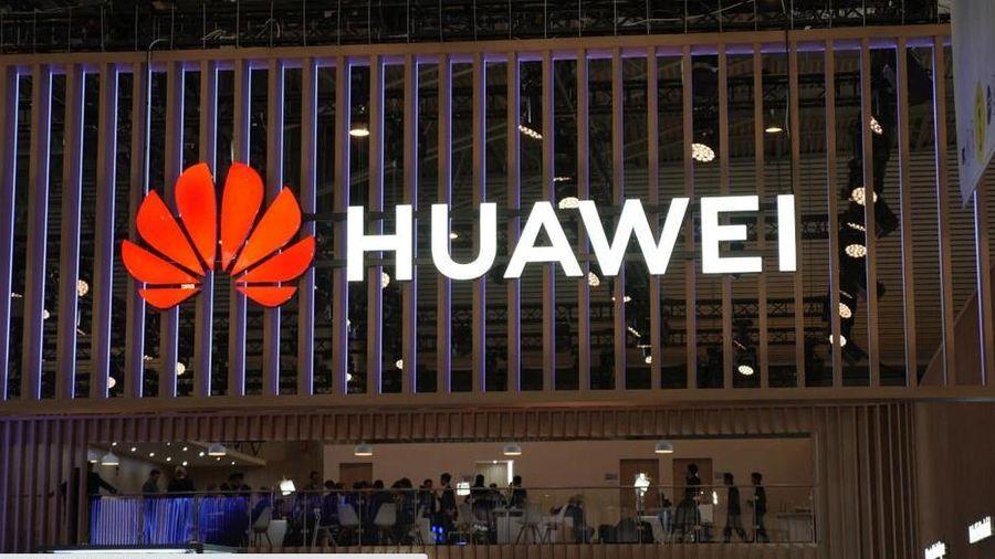 Bất chấp mọi khó khăn, Huawei vẫn dẫn đầu thế giới trong công nghệ không dây