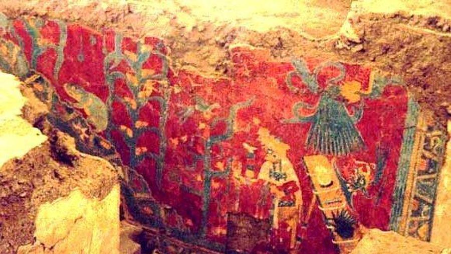 Đào móng nhà, lọt vào thế giới tượng lớn nhất lịch sử Maya