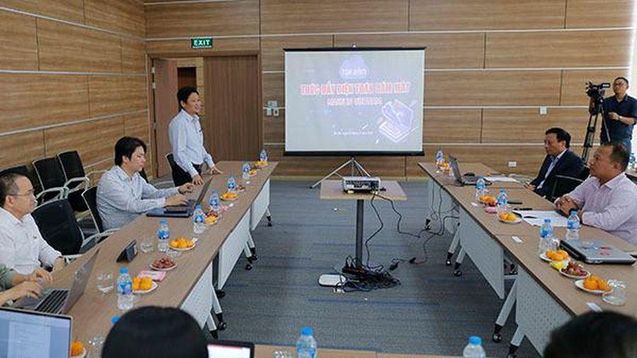 Tọa đàm 'Thúc đẩy nền tảng điện toán đám mây Make in Vietnam'