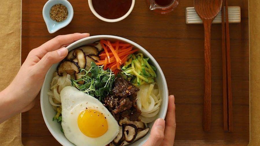 Cách làm cơm trộn thịt bò kiểu Hàn Quốc