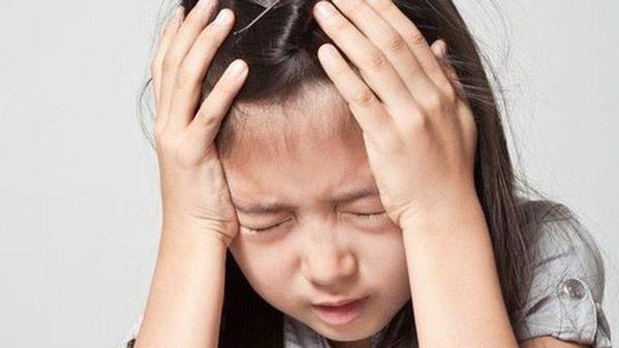 Nhiều trẻ mắc trầm cảm cha mẹ không hay biết
