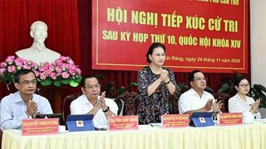 Chủ tịch Quốc hội Nguyễn Thị Kim Ngân và lãnh đạo Đảng, Nhà nước tiếp xúc cử tri