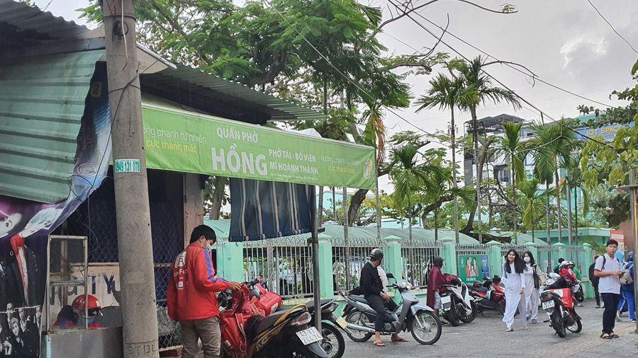 Đà Nẵng: 6 người nghi ngộ độc do ăn bánh tráng trộn