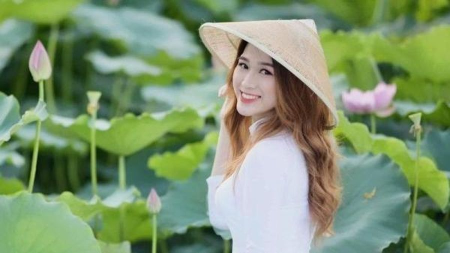 So bì 6 Hoa hậu: Đặng Thu Thảo đã là gái hai con, Kỳ Duyên trưởng thành sau thị phi, Đỗ Thị Hà có thể 'làm nên chuyện'?