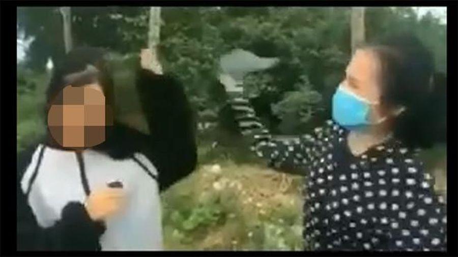 Lộ clip nữ sinh Thanh Hóa bị đánh tới tấp, bắt quỳ gối xin lỗi