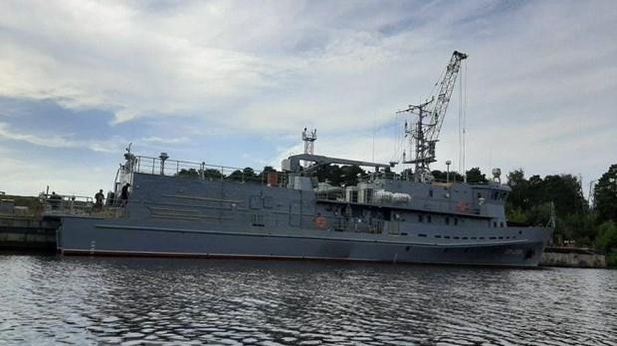 Hải quân Nga đuổi tàu khu trục Mỹ xâm phạm lãnh hải