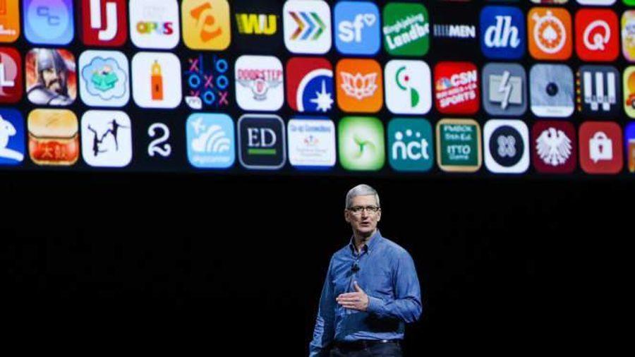 Apple lại nhượng bộ sau khi bộ mặt 'tham lam' bị chỉ trích