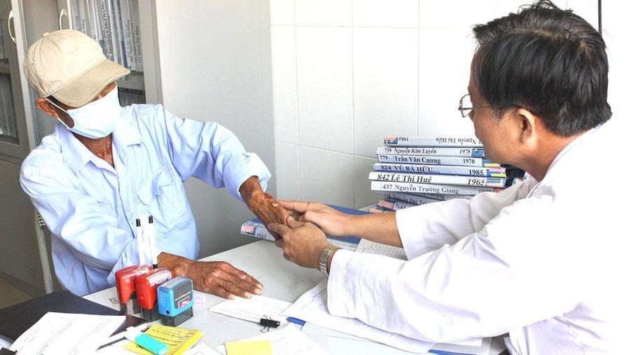 Trong 10 tháng, Hà Nội phát hiện 1.263 trường hợp nhiễm HIV