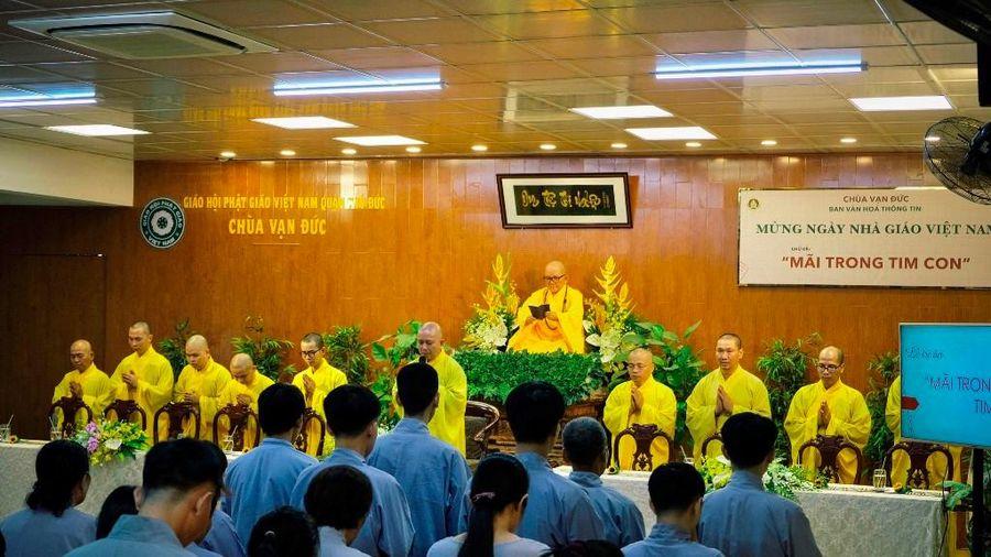 Phật tử chùa Vạn Đức tri ân người khai sáng