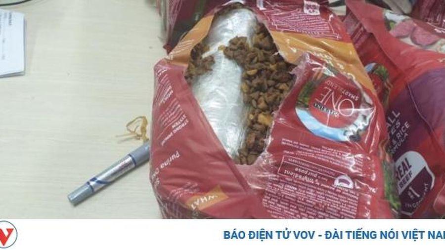 Phát hiện hơn 20 kg ma túy các loại được giấu trong bưu kiện chuyển phát nhanh