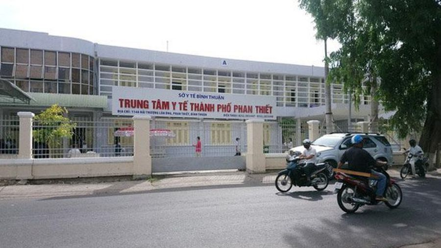 Vì sao Phó Giám đốc Bệnh viện đa khoa Bình Thuận bị đình chỉ chức vụ?
