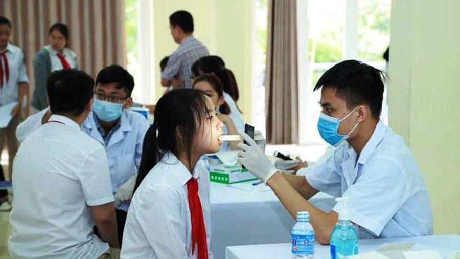 Công bố bộ tài liệu hướng dẫn công tác y tế trường học