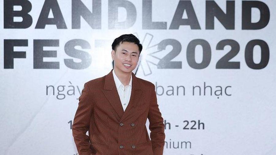 Nhạc sĩ Dương Cầm mang tiền nhà đi 'đốt' vào Ngày hội các ban nhạc