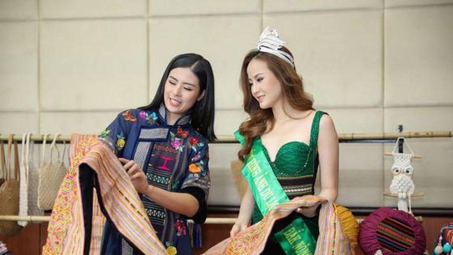 Khai mạc Lễ hội Văn hóa thổ cẩm Việt Nam lần thứ II