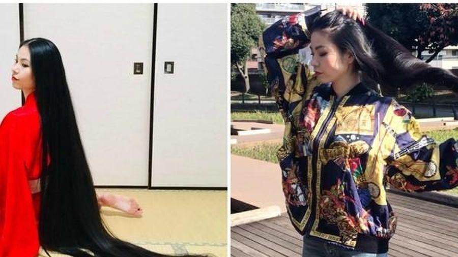 'Rapunzel' Nhật Bản không cắt tóc trong 15 năm