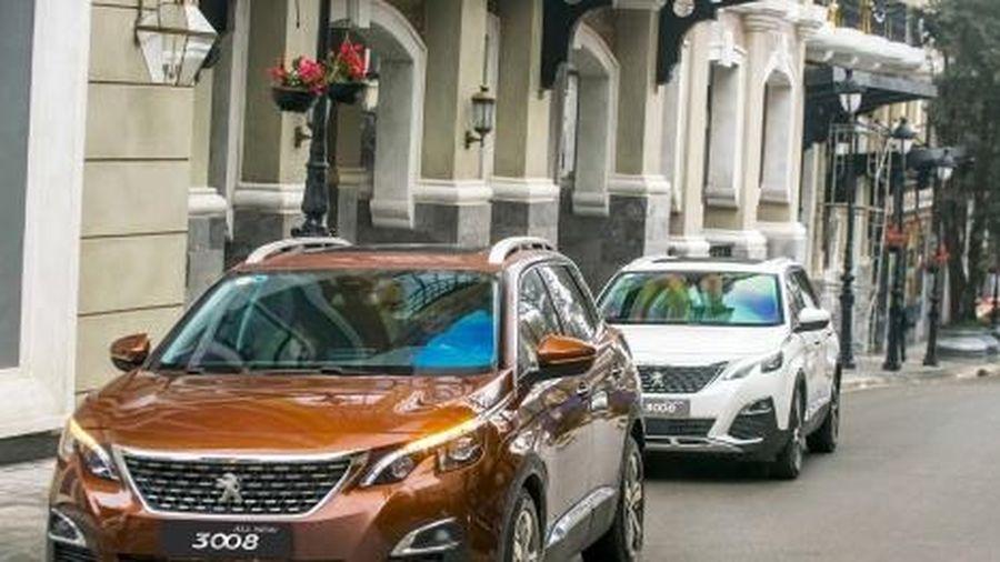 Giá xe Peugeot tháng 11: Peugeot 2008 lộ ảnh chạy thử tại Việt Nam, đối thủ của Kia Seltos