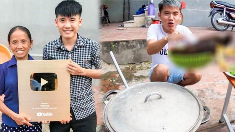 Kênh YouTube gây tranh cãi của con trai Bà Tân Vlog kiếm được tiền trở lại