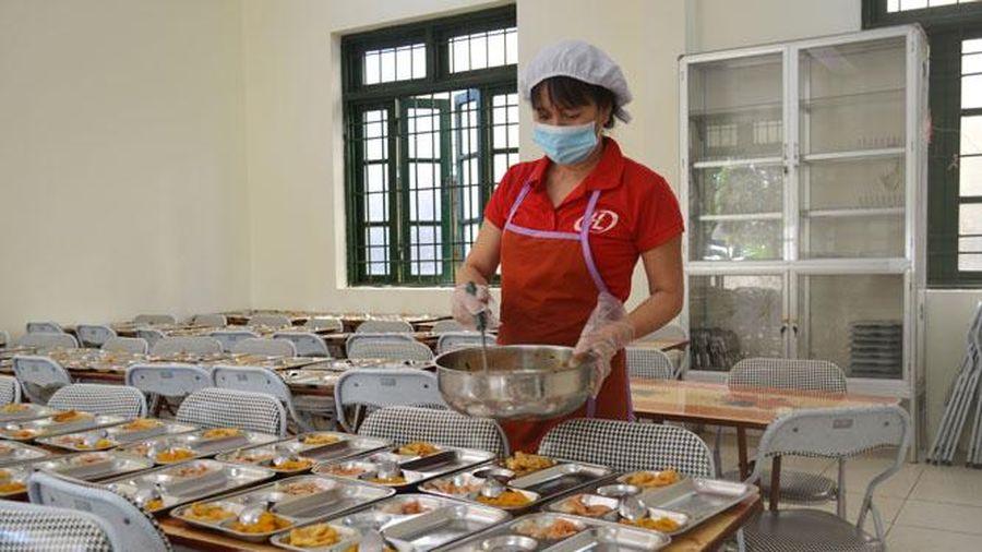Kiểm soát chặt chẽ nguồn gốc thực phẩm trong trường học