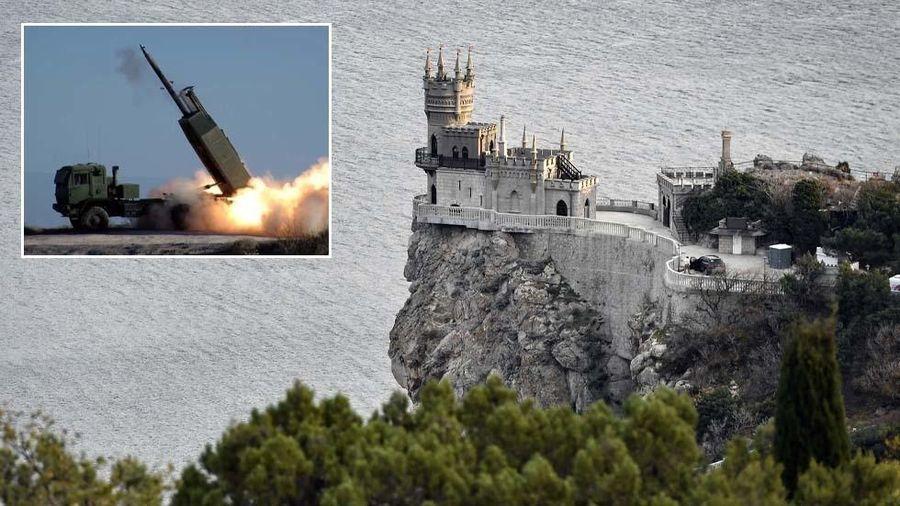 Leo thang căng thẳng với Nga, Mỹ mang pháo tầm xa đến diễn tập gần Crimea