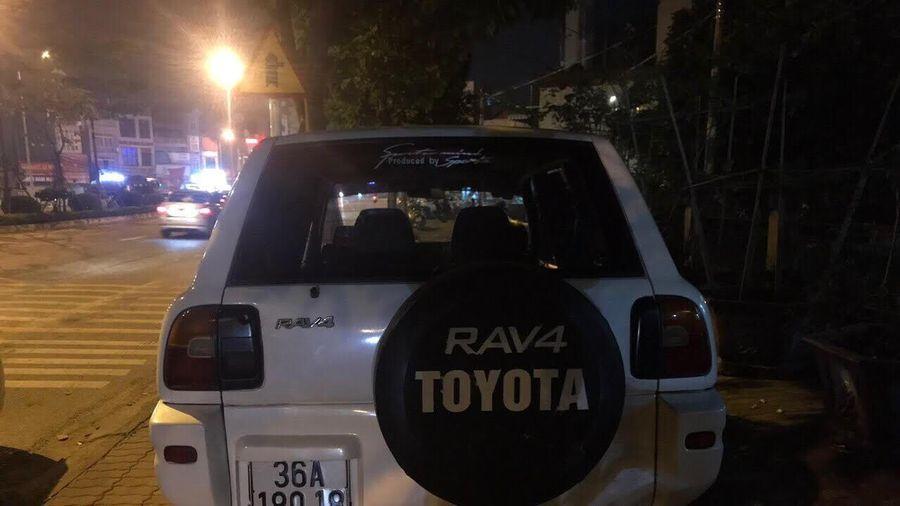 Mua ô tô đắt tiền với giá 30 triệu đồng không giấy tờ, lái xe bị Cảnh sát giao thông xử lý