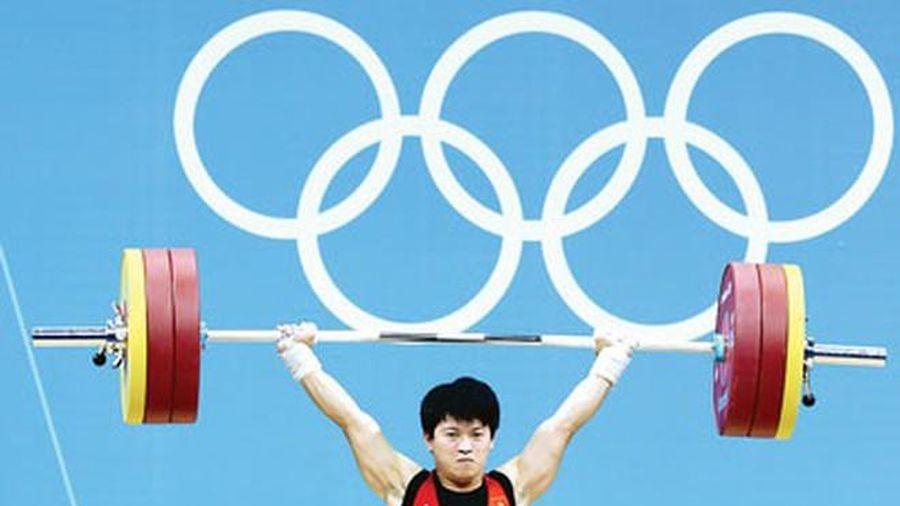 Lực sỹ Việt Nam bất ngờ có huy chương Olympic từ... 8 năm trước