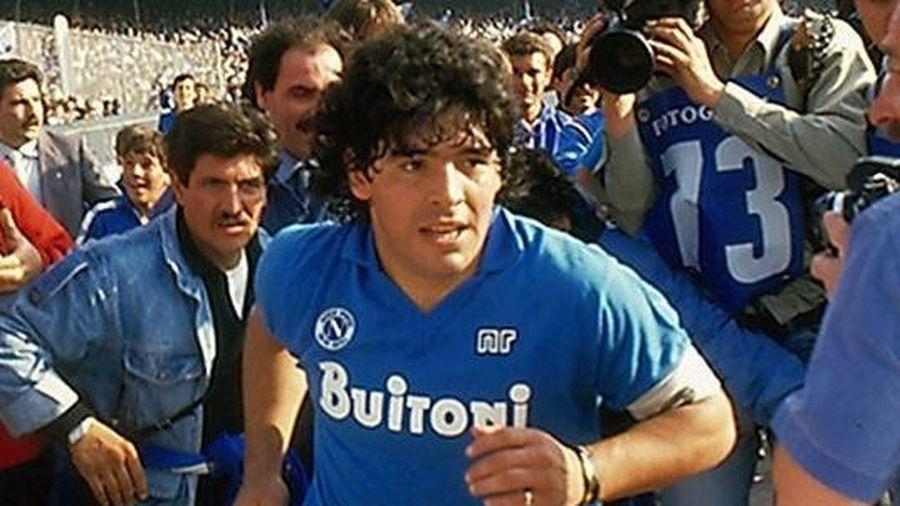 Vì sao Diego Maradona bị người Naples ngoảnh mặt sau năm 1990?