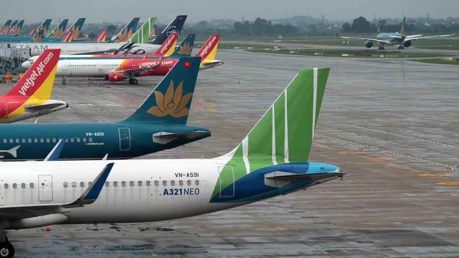 Các hãng bay tư nhân xin được cho vay ưu đãi