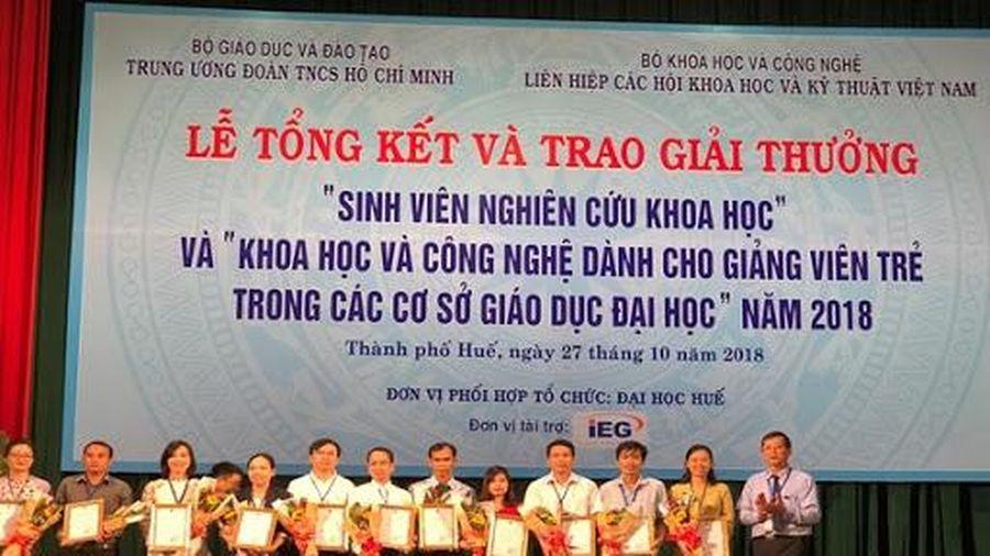 Giải thưởng KHCN dành cho giảng viên trẻ tổ chức 3 năm/lần