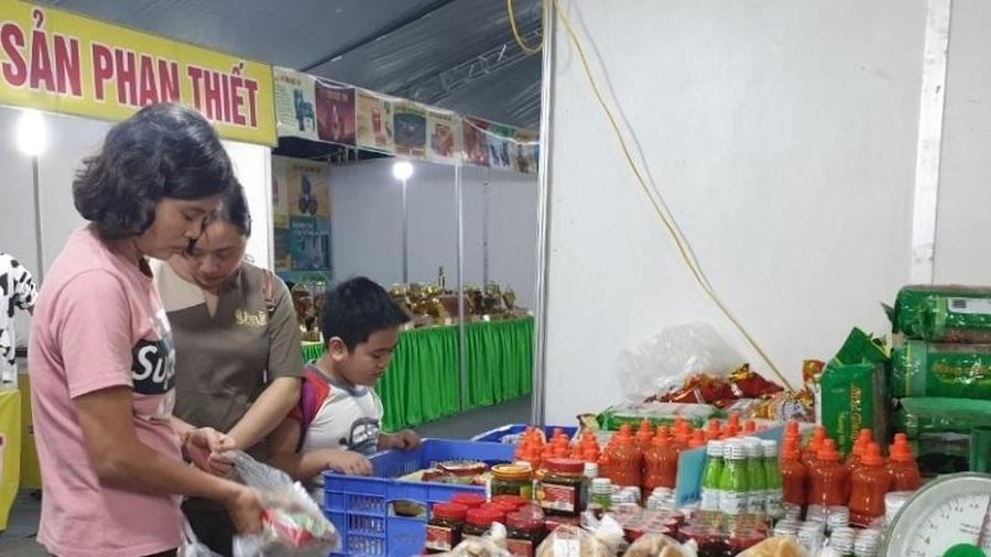 Hà Nội khai mạc Hội chợ nông sản, thực phẩm, sản phẩm OCOP