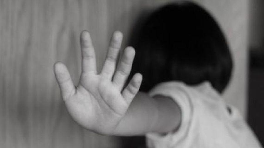 Tạm giữ người mẹ nghi bạo hành con gái 3 tuổi nguy kịch ở quận 12