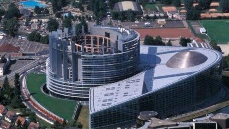 Nghị viện châu Âu tuyên bố 'không thể chấp nhận được' hành động của Pháp
