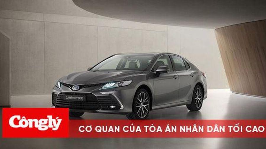 Toyota Camry Hybrid 2021 chính thức ra mắt