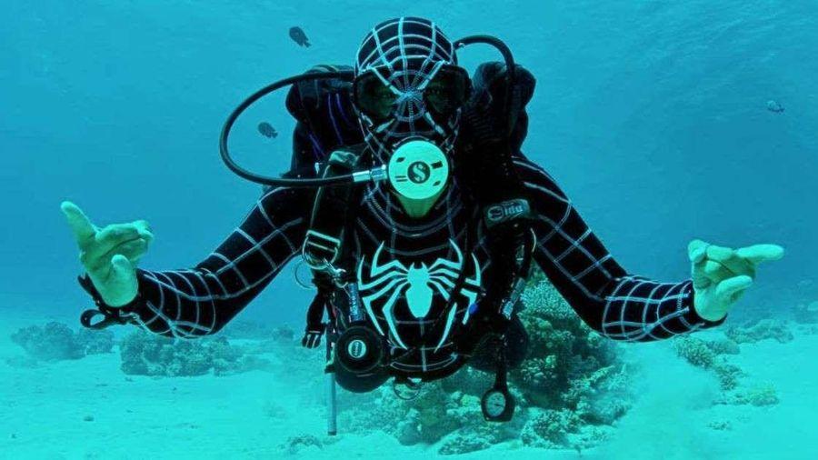 Chuyện lạ: Thợ lặn Ai Cập lập kỷ lục sống 6 ngày liên tục ở dưới nước