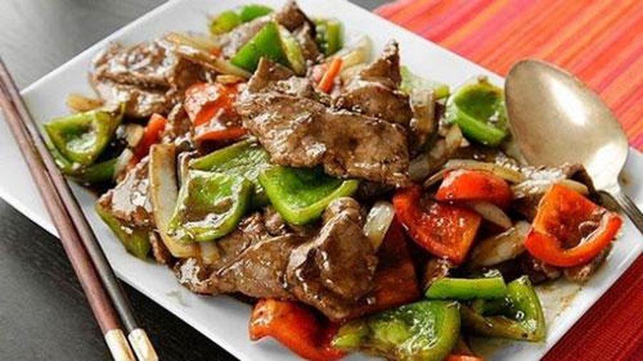 Cách làm món thịt bò sốt tiêu đen thơm ngon khó cưỡng