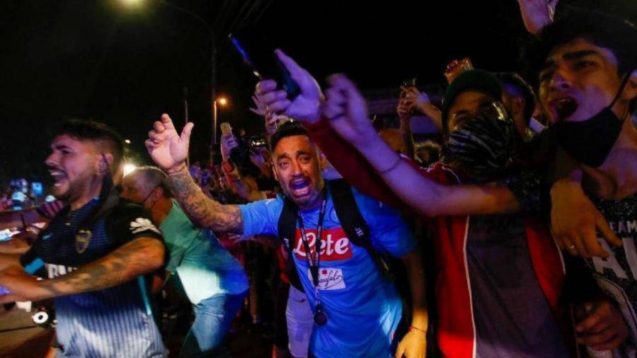 Tang lễ huyền thoại Maradona được tổ chức như thế nào?