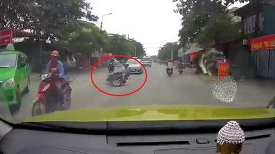 Phanh xe tay ga thế nào cho an toàn?
