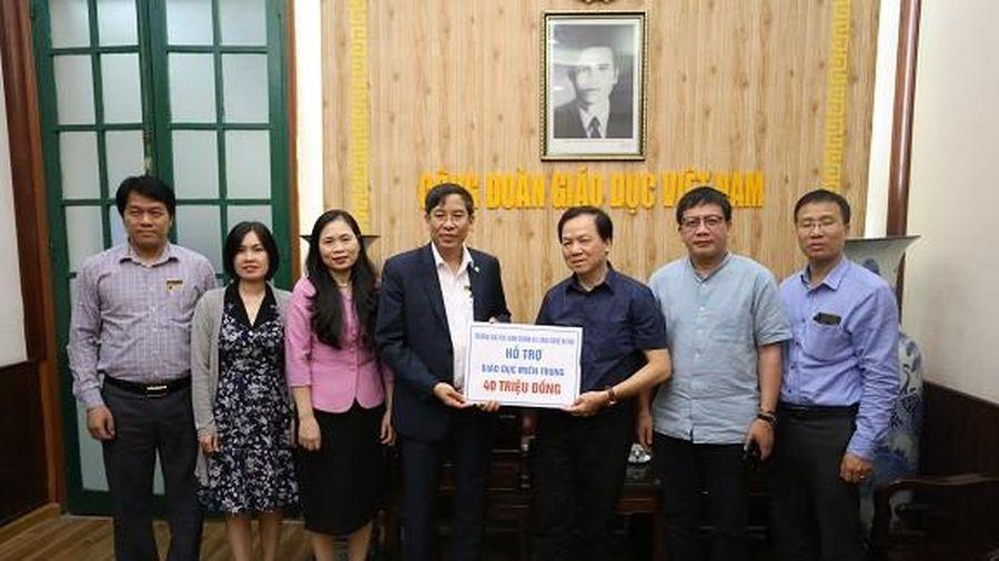Đại học kinh doanh và Công nghệ Hà Nội hướng tới học sinh miền Trung
