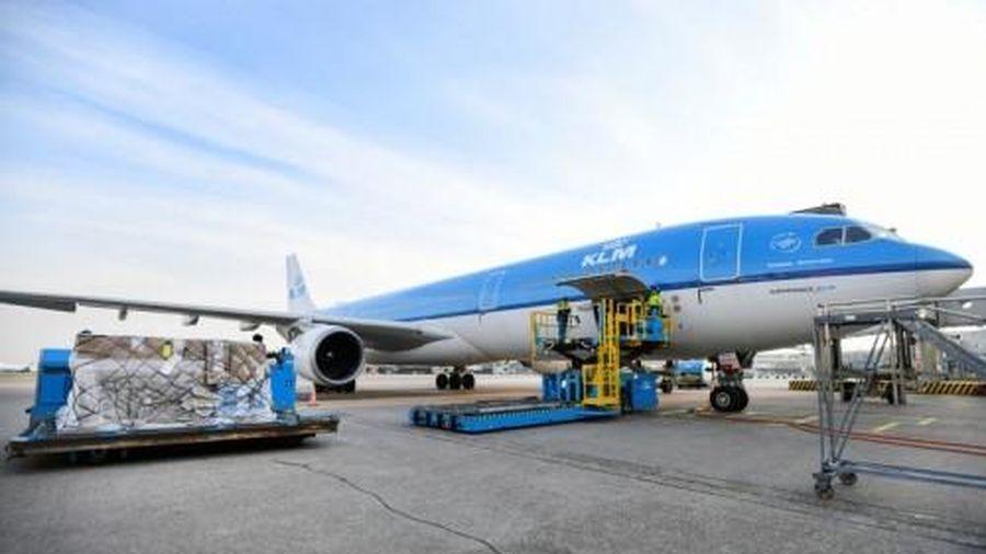 Schiphol là sân bay đầu tiên trên thế giới sẵn sàng cho việc vận chuyển vaccine COVID-19