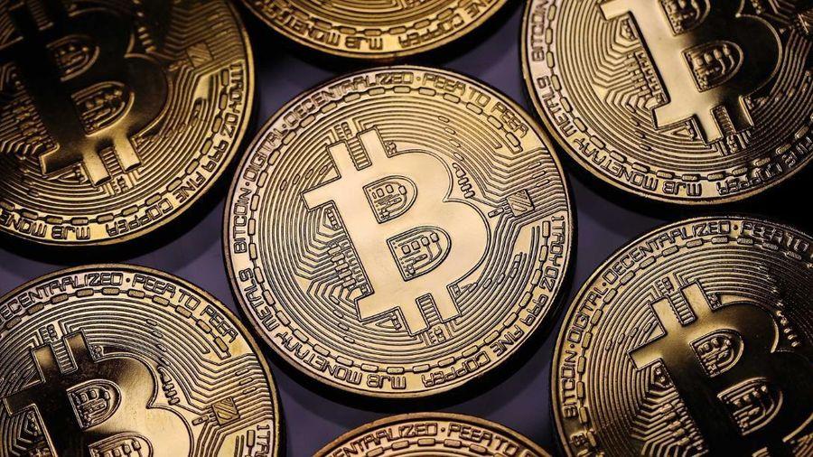 Đứt chuỗi ngày tăng 'điên cuồng', giá Bitcoin rớt gần 3.000 USD