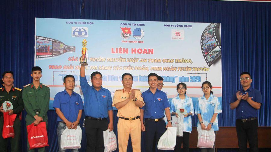Liên hoan các đội tuyên truyền luật an toàn giao thông: Huyện đoàn Cam Lâm đạt giải nhất