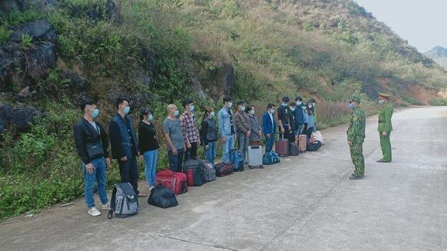 Hà Giang: Tiếp nhận 16 công dân do Trung Quốc trao trả