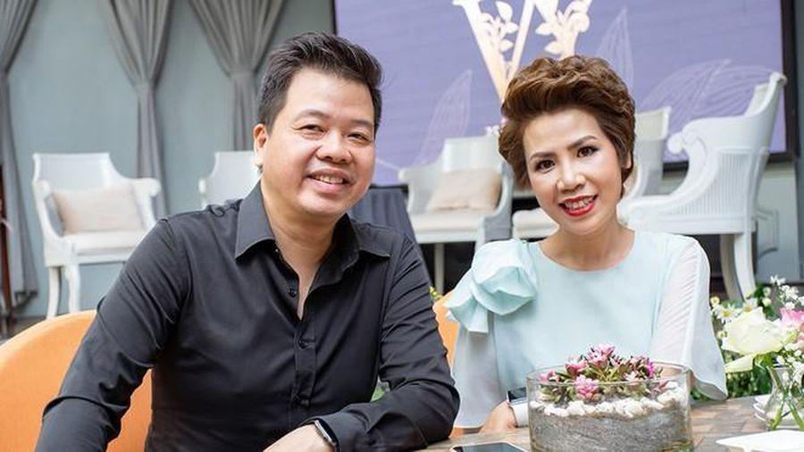 Đang chống chọi với ung thư, NSƯT Hồng Vy làm đêm nhạc riêng