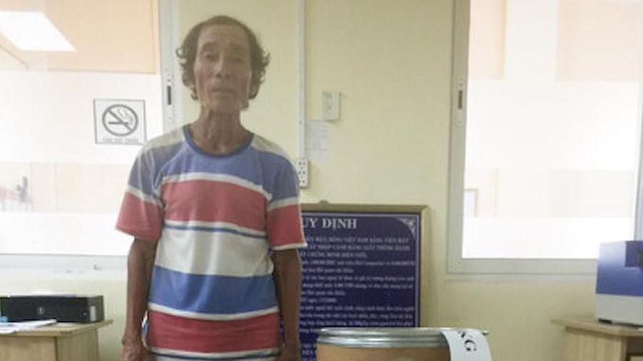 Bắt kẻ vận chuyển hơn 10kg ma túy đá từ Campuchia vào Việt Nam
