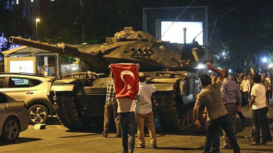 Thổ Nhĩ Kỳ tuyên án hàng trăm người liên quan vụ đảo chính năm 2016